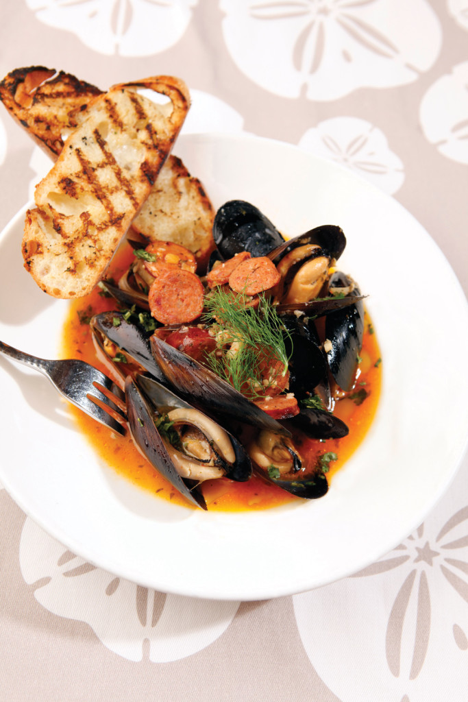 living coastal mussels