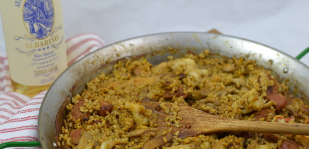 Wine Pairing Weekend: Paella & Albarino